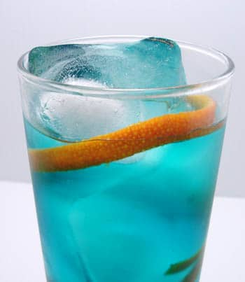 Blue cosmopolitan cocktail recipe.