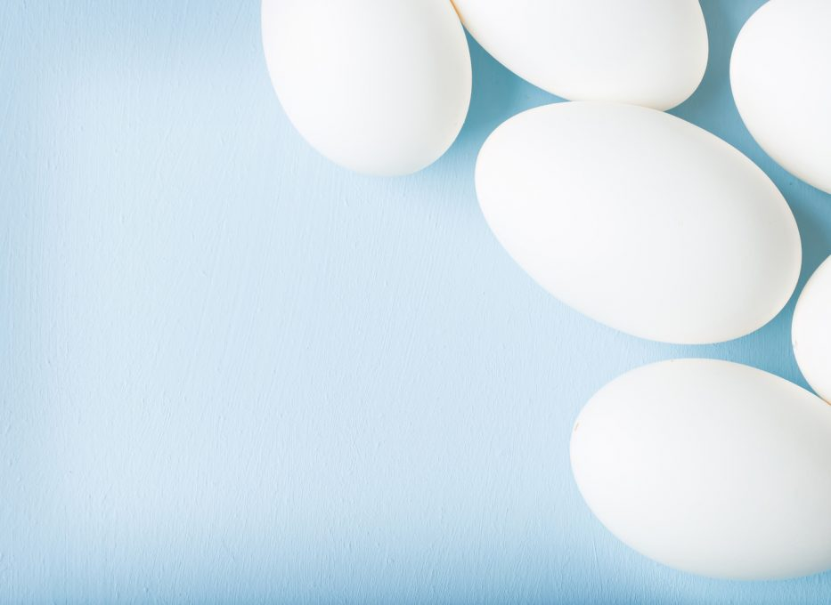 Information on the use of egg whites in cocktail recipes