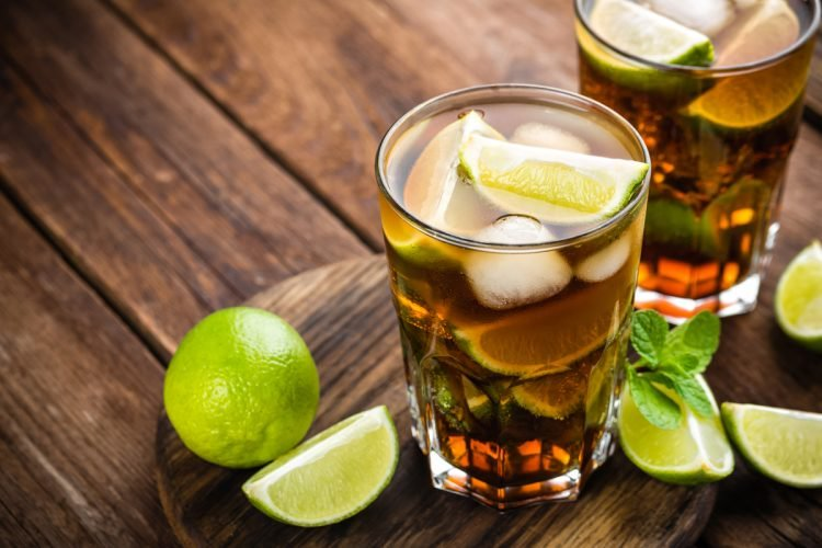 Cuba Libre (Rum & Coke) Highball